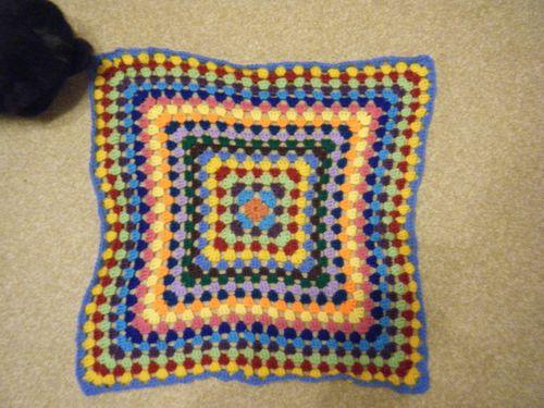 Granny square table cloth - part 4 (1)