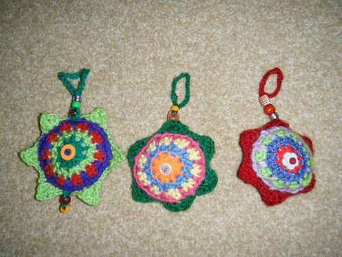 08 - Crotchet Christmas Decorations