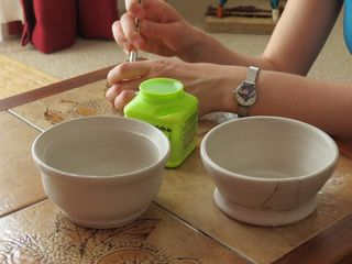Decopatching clay pot (1)