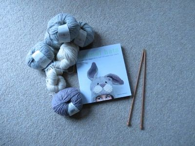 Knitting rabbit hat (1)