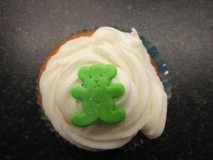 Christening bear cupcakes (2) (640x480)