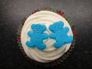 Christening bear cupcakes (3) (640x480)