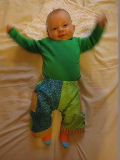 Newborn baby pants (1) (600x800)