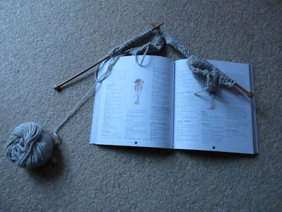Knitting rabbit hat (3)