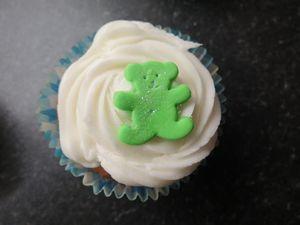 Christening bear cupcakes (1) (640x480)