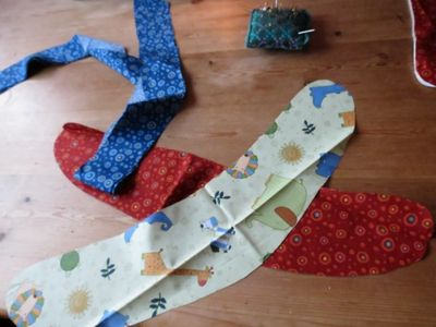 How to make a curtain tie back (1) (640x480)