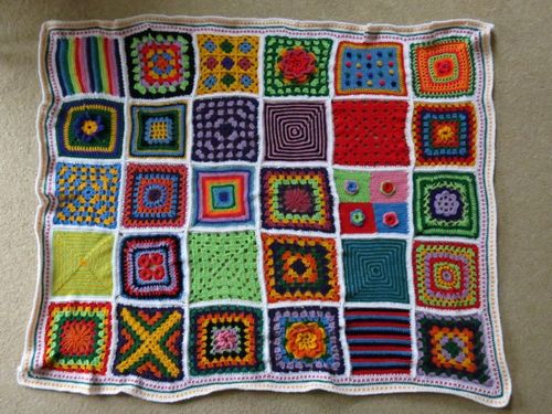 Crochet square blanket - finished (3) (800x600)