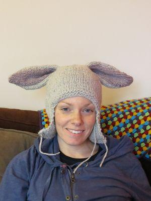 Knitting rabbit hat - attaching ears (2)