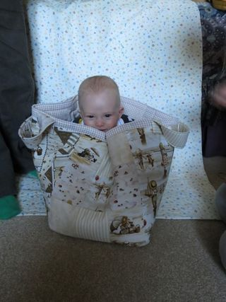 Finished patchwork toy bag (1) (600x800)