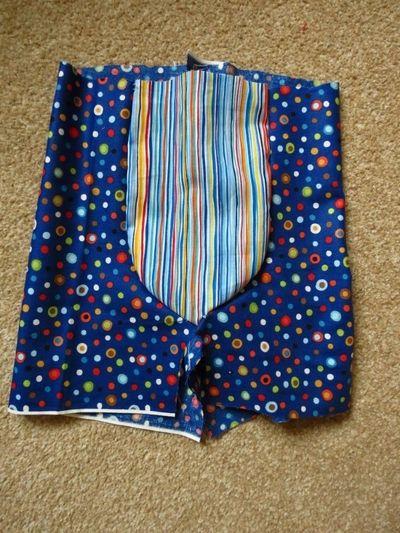 Sewing big butt baby shorts (2)