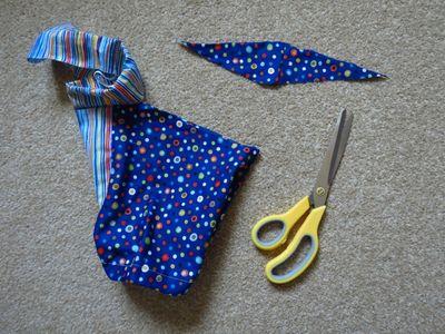 Sewing big butt baby shorts (7)