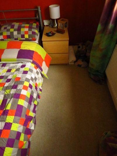 Bedroom minus cot (2) (600x800)