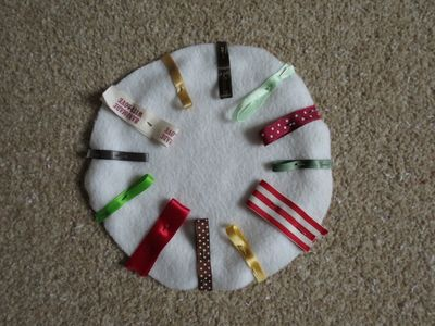 Making a round rag tag toy (4) (800x600)