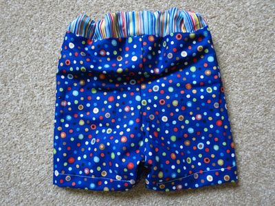 Sewing big butt baby shorts (5)