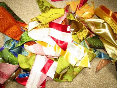 Cutting fabric to make upcycled bunting (2) (800x600)