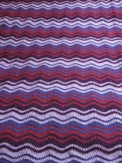 Finished ripple blanket in purple (1) (600x800)