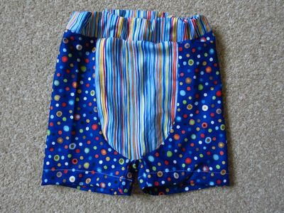 Sewing big butt baby shorts (4)