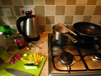 Cooking dahl curry (1)