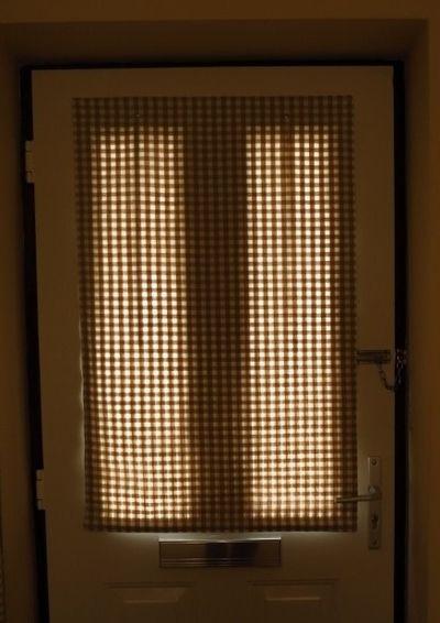 Making a front door blind (24)