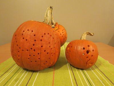 Carving our Pumpkins (10)
