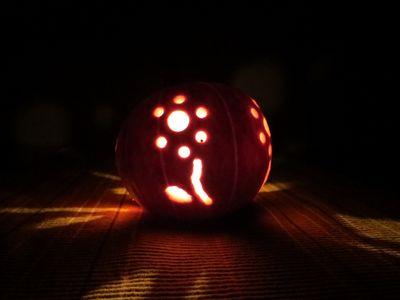 Carving our Pumpkins (16)