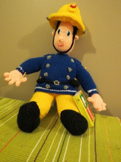 Knitted Fireman Sam (21)