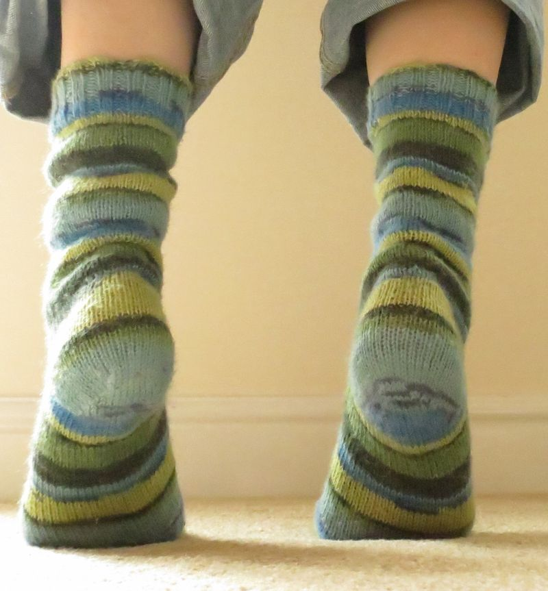 Jenerally Speaking - Knitted socks (2) (1186x1280)