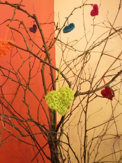 Crochet hearts on twigs (4) (768x1024)
