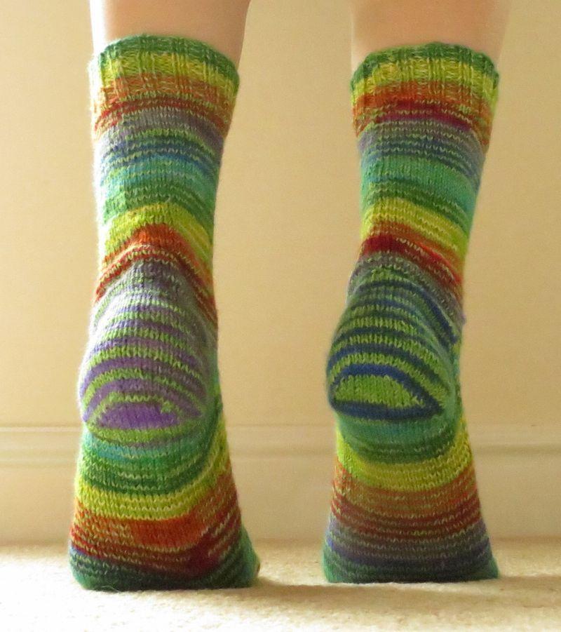 Jenerally Speaking - Knitted socks (5) (1137x1280)