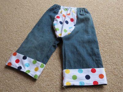 Spotty bum big butt baby pants (5)