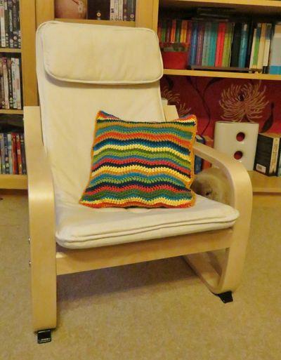 Little R's cushion (2)