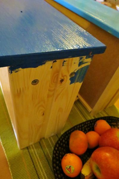 Painted chest of drawers (6)