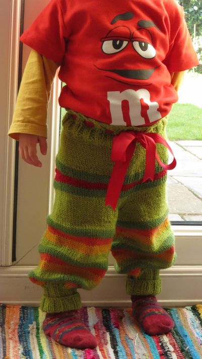 Monster bottom knitted trousers (5)